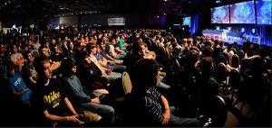 pro-gaming-crowd